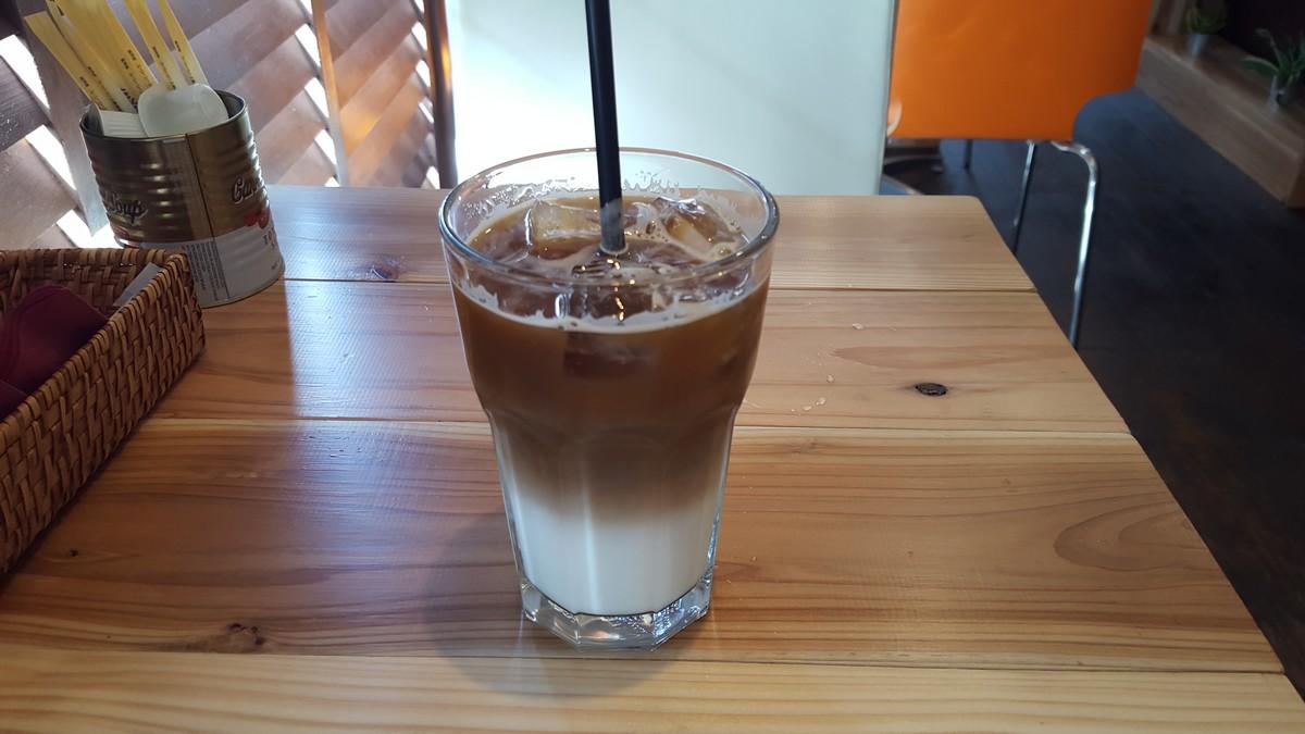 ランチセットのドリンク【cafe brownstone/中目黒】