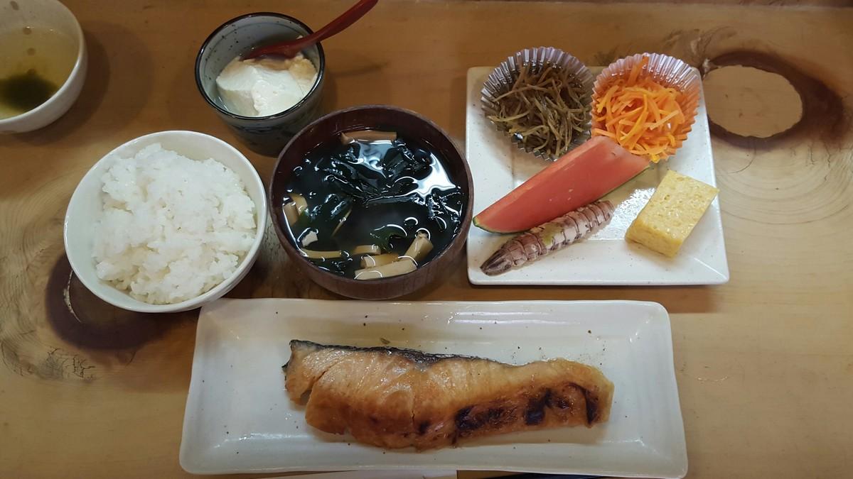 焼き魚定食【まないた/神田】
