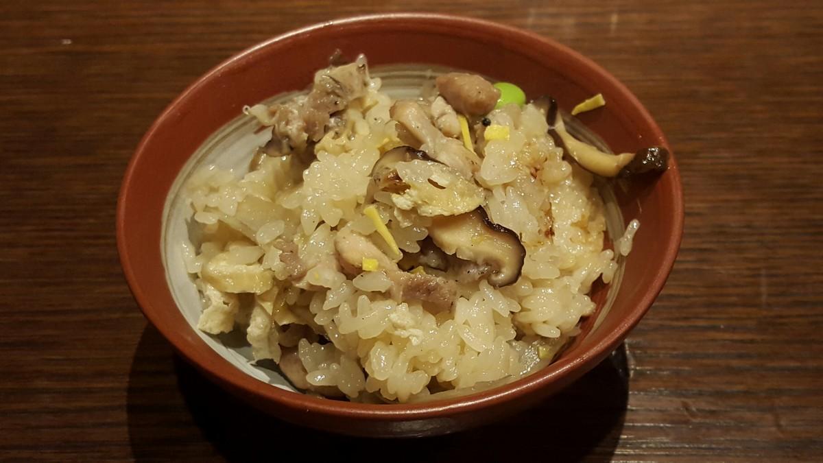鶏釜めし【宝の蔵 日本橋店/新日本橋】
