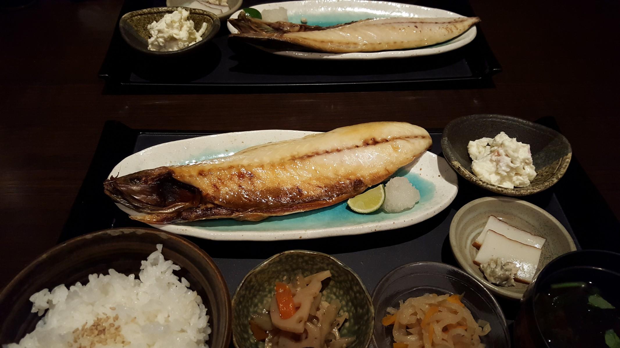 """""""焼さば"""" ご飯をお替わりしたくなる旨さ!【輝(きらり)/神田】"""