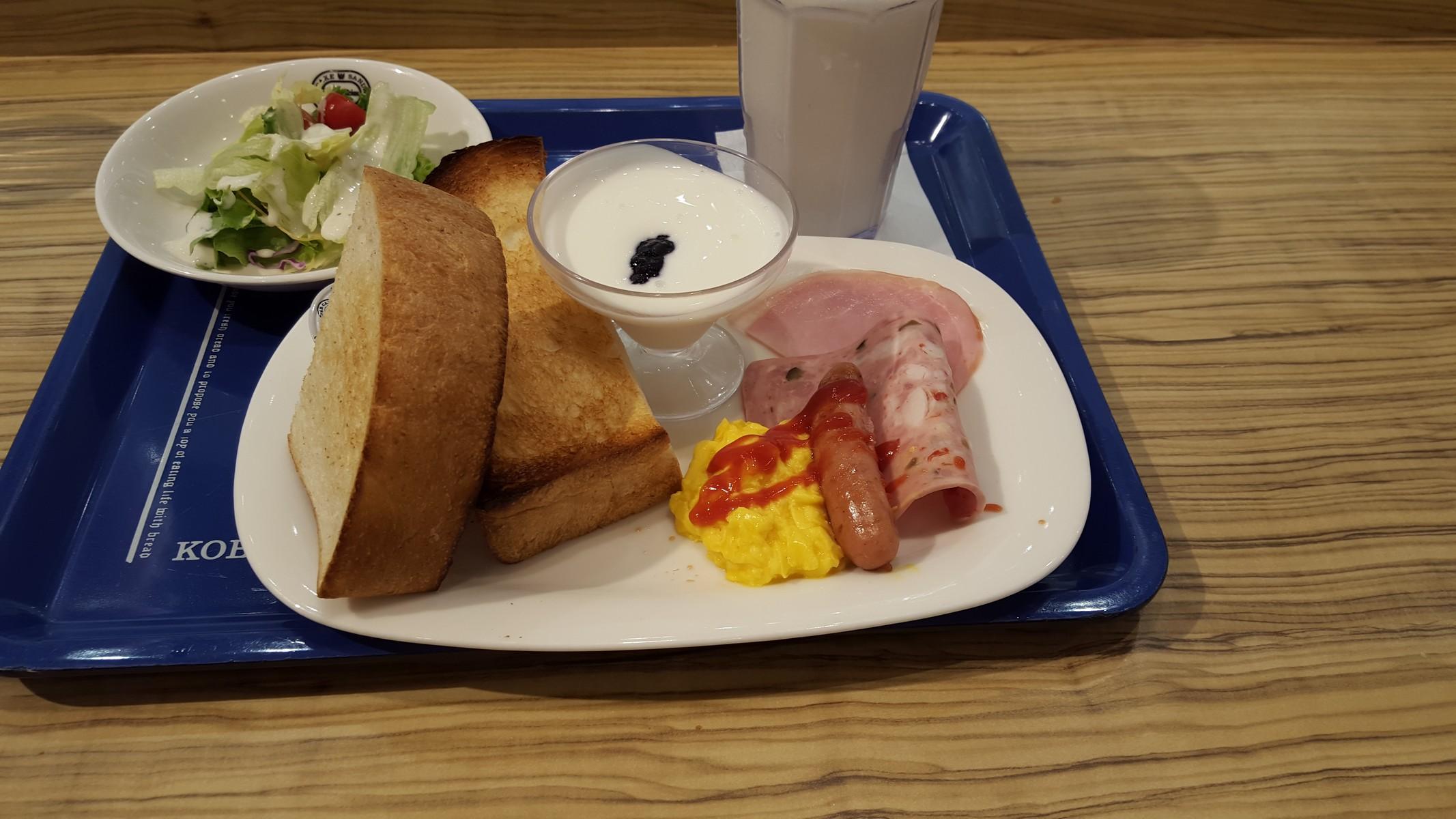 「厚切りトースト」 外はカリカリ、中はしっとりで美味しい!【神戸屋キッチン/恵比寿】