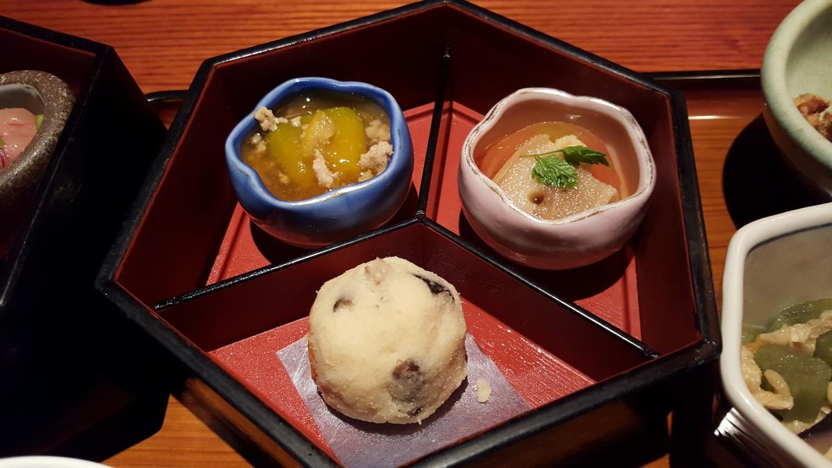 かぼちゃとひき肉の煮物、お麩とトマトの煮物、おから【京町家/小伝馬町】