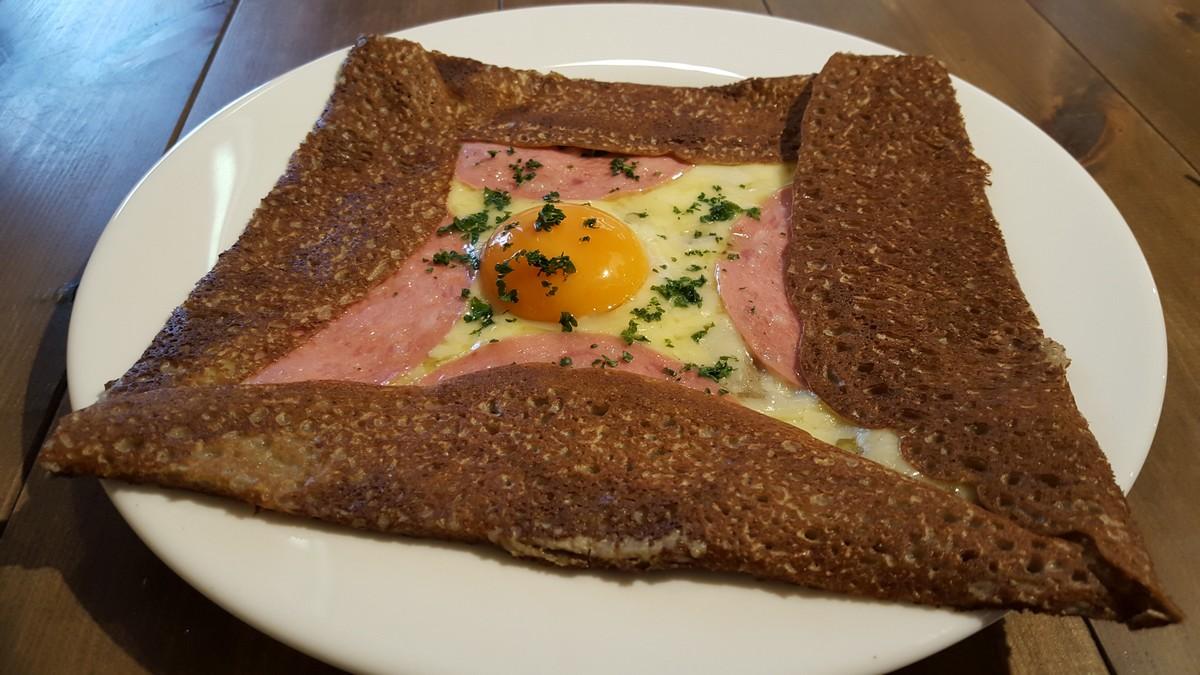 ガレット(卵、ハム、チーズ)【キルヌタントゥ/中目黒】
