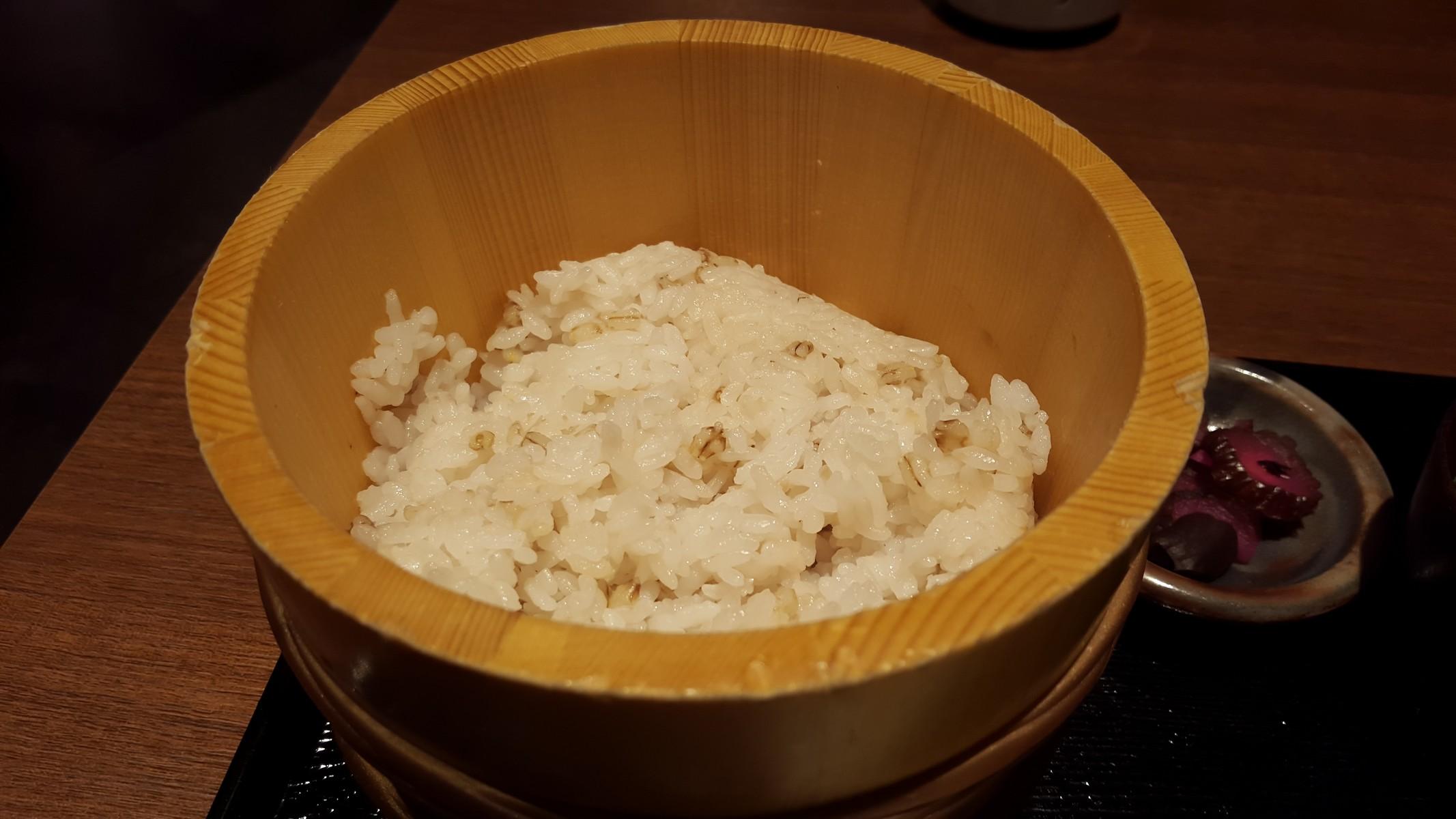 自然薯膳のお櫃ごはん【ご飯ととろろ とろ麦/浅草】