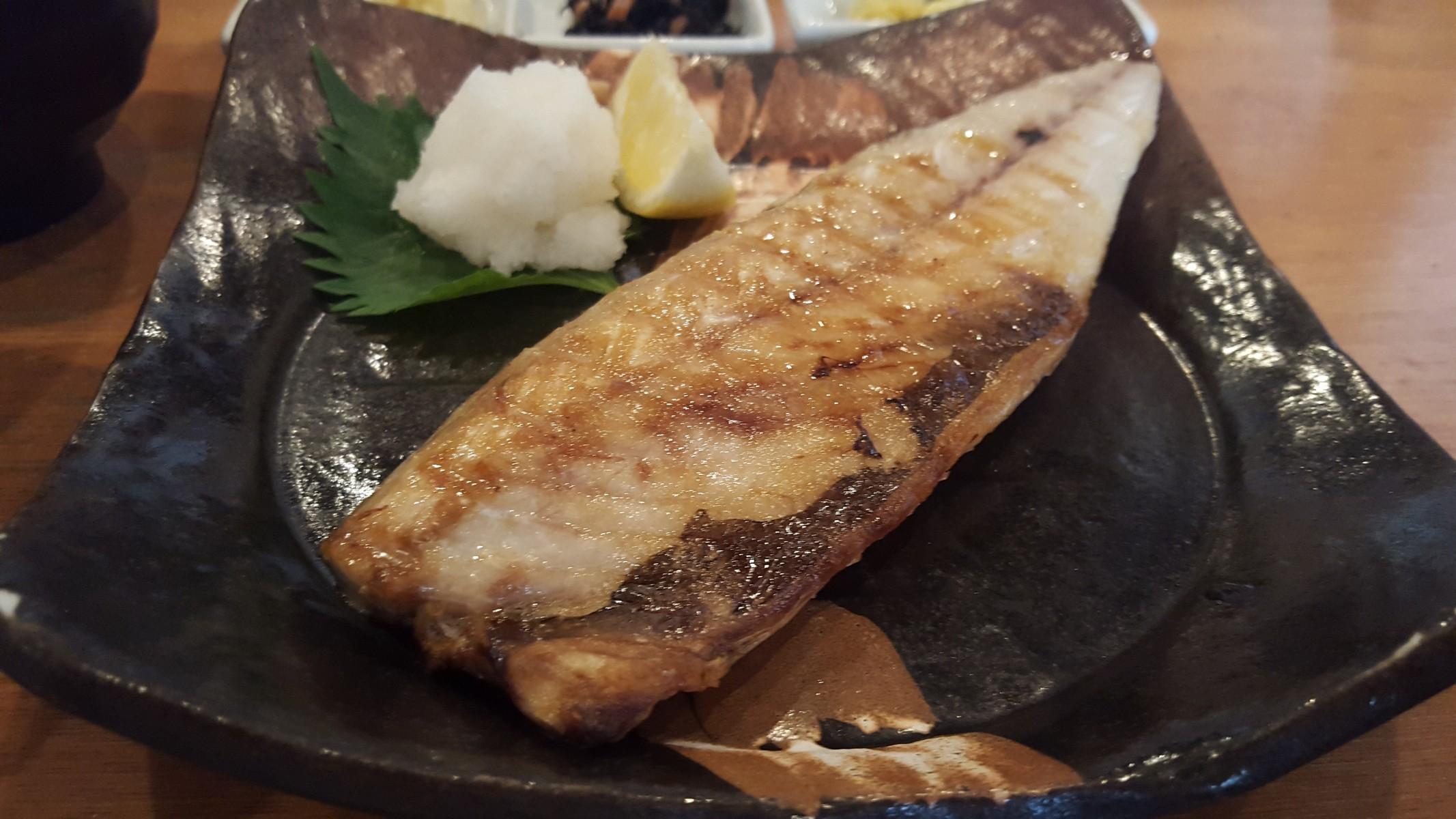サバの塩焼きアップ【つばき食堂/自由が丘】