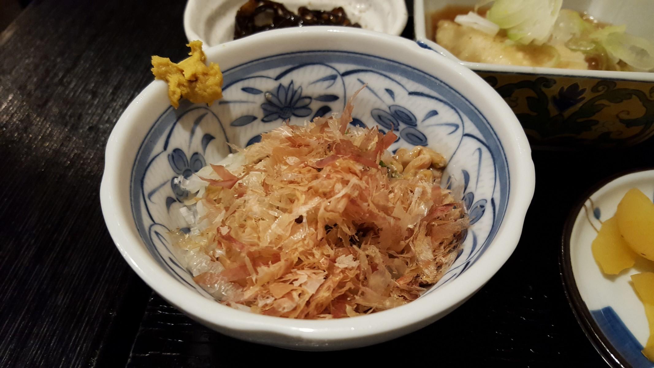 納豆冷奴定食の納豆【一亀/小伝馬町】