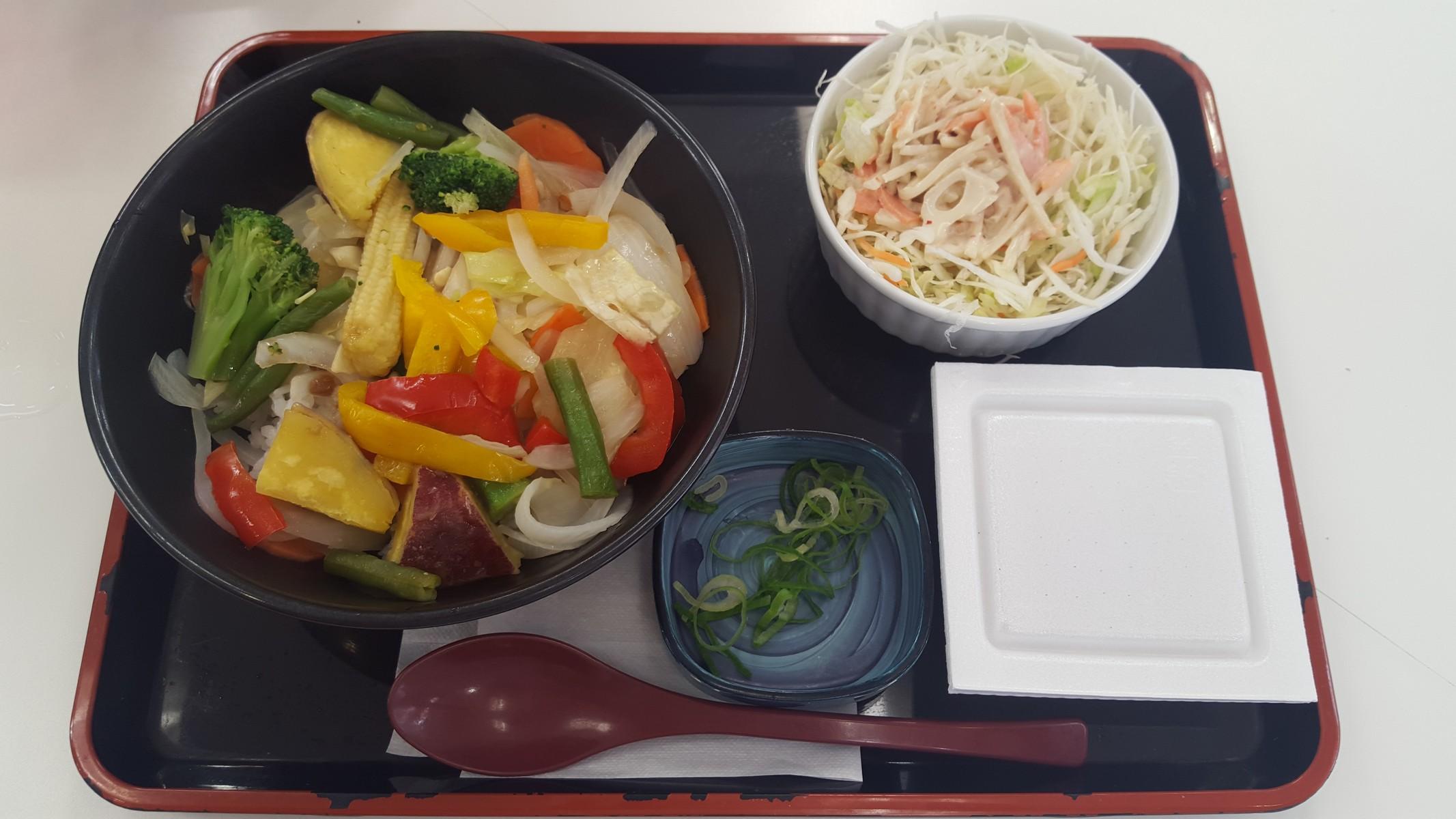 ベジ丼、ごぼうサラダ、納豆【吉野家 JR神田駅店/神田】